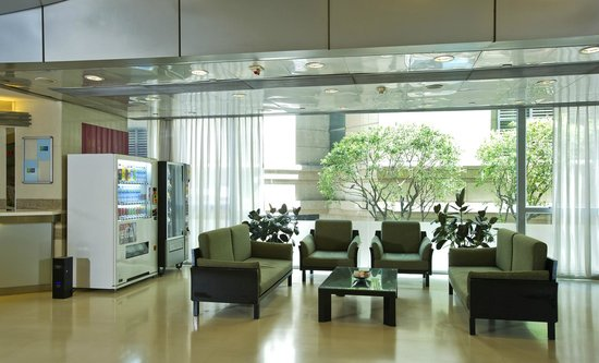 Holiday Inn Express Hong Kong Causeway Bay: Hotel Lobby - Sitting Area