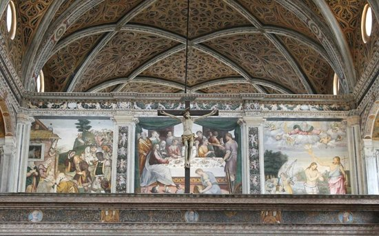 Chiesa di San Maurizio al Monastero Maggiore: Paintings on the walls of the church