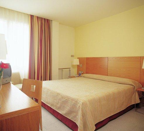 Hesperia Murcia: Guest room