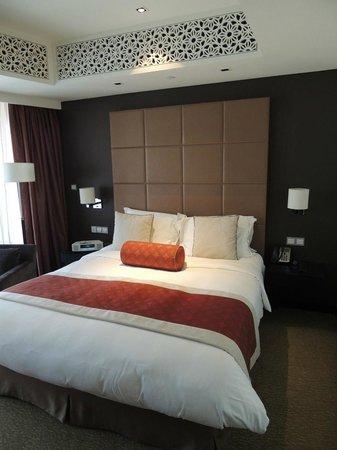 The Address Dubai Mall : Bedroom