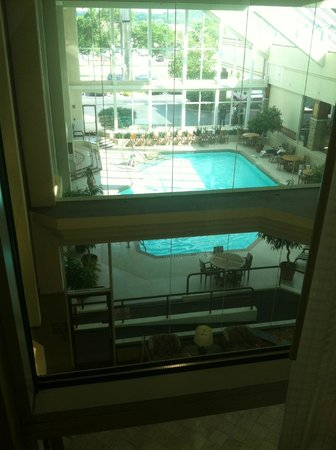 Crowne Plaza Hotel Madison: Pool area view from 3rd floor window by elevator