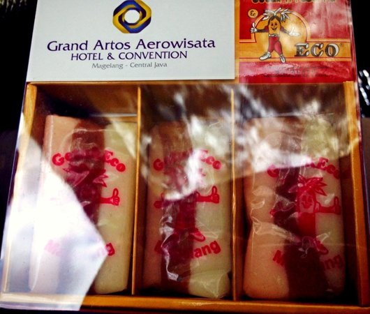 Grand Artos Hotel & Convention: Getuk