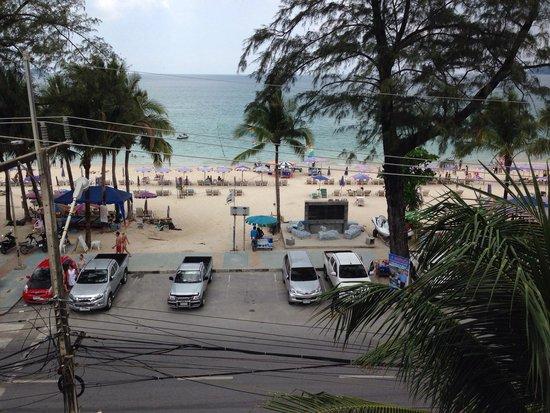 Phuket Graceland Resort & Spa: View from Graceland suite building 5