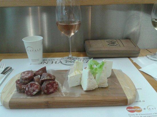 Eataly Lingotto: Robiola di Roccaverano e strolghino di culatello