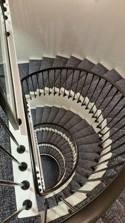 ibis Styles Geneve Gare: Escalier