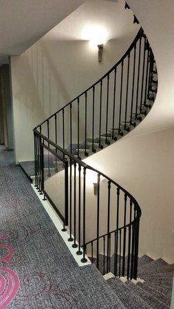 ibis Styles Geneve Gare: Escaliers