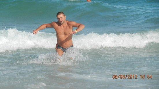Hammamet Beach : Море после обеда (волна накрывает)