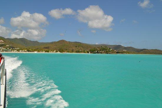 Pineapple Beach Club Antigua: Warm, Turquoise Waters.