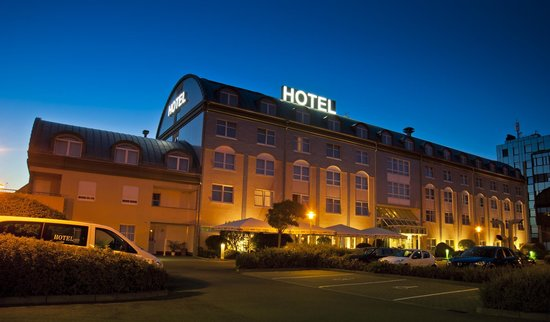 Sachsenpark-Hotel: Aussenansicht Sachsenpark