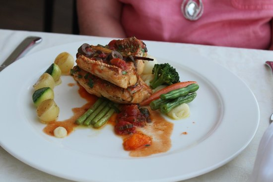Mediterranean Beach Hotel: Sea Bass at Shumi