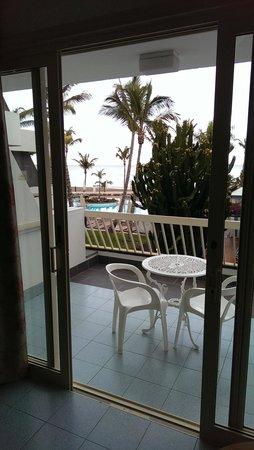 Suite Hotel Fariones Playa: Balcony