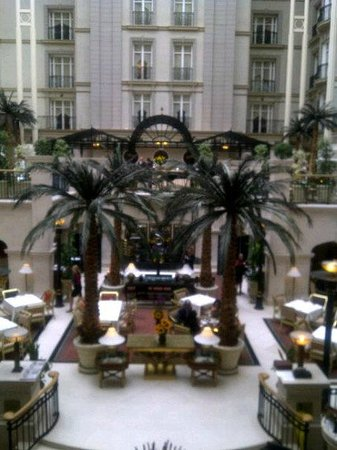 Sunday Champagne Brunch at The Landmark London: Hotel- Beautiful!