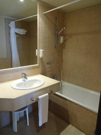 Precise Resort El Rompido - The Apartments: Baño