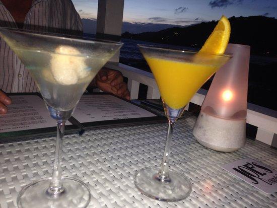 Joe's Downstairs: Pre dinner drinks