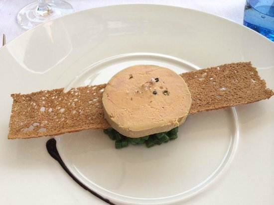 L'amandier de Mougins : Foie Gras Terrine with Green Pepper