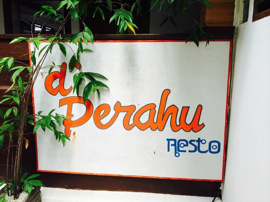 Anda Beach Hotel & Restaurant: Papan Nama Restoran