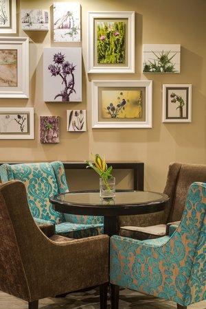 Fortis Hotel Capital: Lounge area