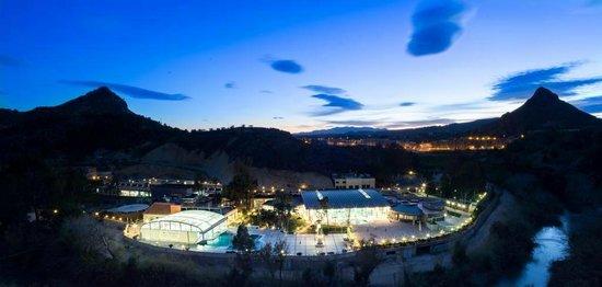 Balneario de Archena - Hotel Levante: Zona de Piscinas y Circuito