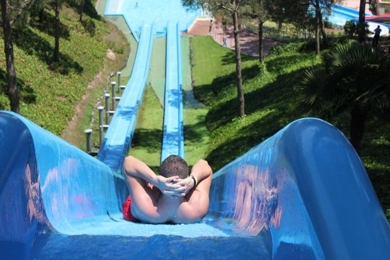 Water World Lloret: Kamikace
