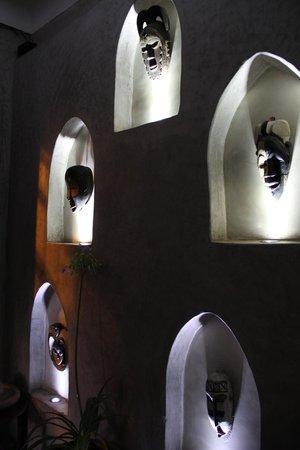 Souk Kafé : mur à l'intérieur du restaurant