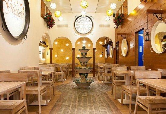 Gustos bcn la jonquera restaurant reviews phone number for Restaurant la jonquera
