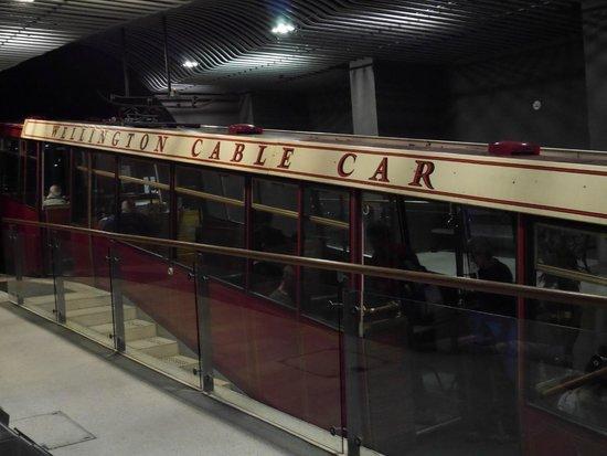 Wellington Cable Car: Cable car at base terminus