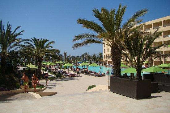 SENTIDO Rosa Beach : okolice basenu