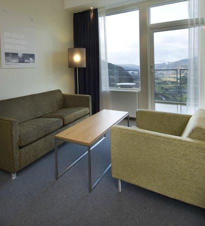 The Boelgen & Moi Hotel Utsikten: Sofa på rommet