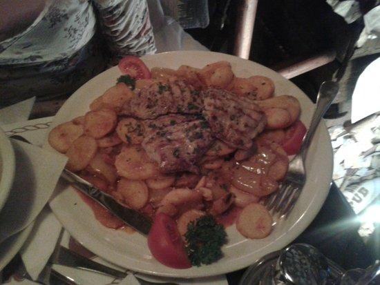 Venhajo-Etterem: Un delizioso piatto