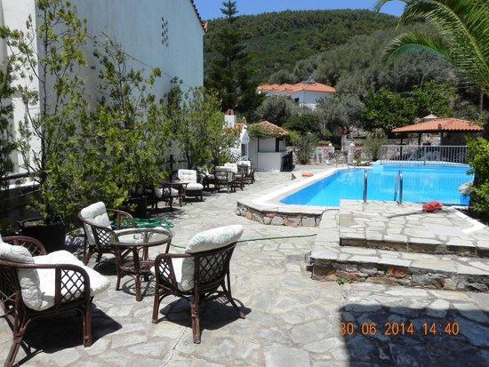 Afrodite Hotel : Территория отеля
