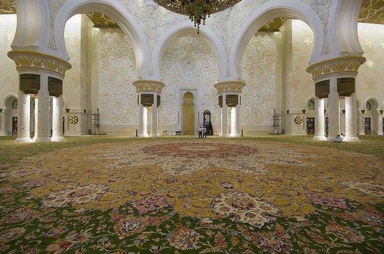 Mosquée Cheikh Zayed : immensi tappeti