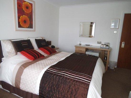 Tregarthen Guesthouse: Double en-suite at rear.no 5.