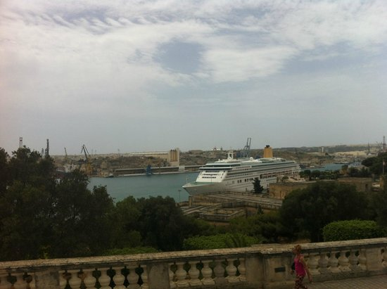 Hotel Valentina: valletta harbour