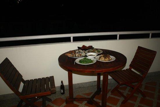 Phunawa Resort: Dinner on Balcony