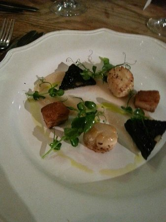 The Alice Hawthorn: Pan Seared Scallops - Belly Pork, Black Pudding & Pear Puree — with Lynda Heaton at The Alice Ha