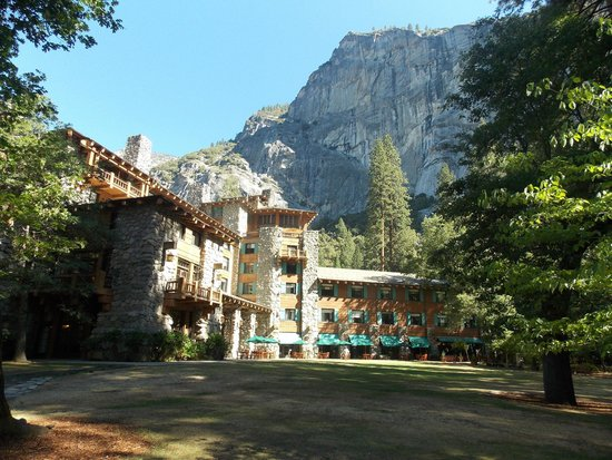 The Majestic Yosemite Hotel: Hotel