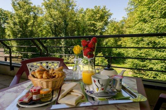 Hôtel Marso : Petit-déjeuner en chambre