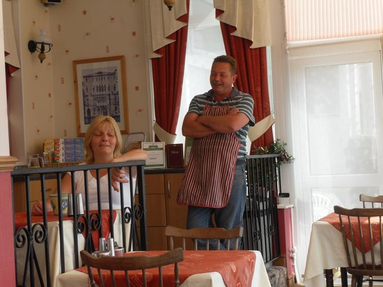 The Torbay Sands Hotel: Carol & Martin take time out to talk to the guest's