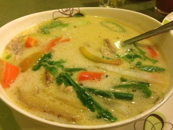 The Buzzz Cafe: Halang halang soup. Absolutely delicious.