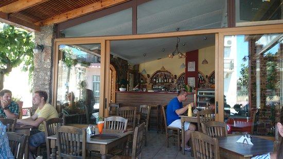 Caneva Restaurant