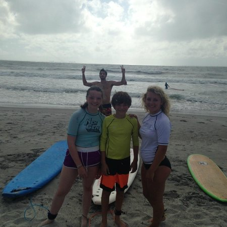 Nex Generation Surfing School: Kids with instructor Sean