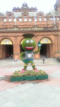 Kelvingrove Art Gallery and Museum: Commonwealth mascot 'Clyde'