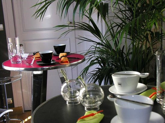 le jardin d 39 hiver b b reviews lyon france tripadvisor. Black Bedroom Furniture Sets. Home Design Ideas