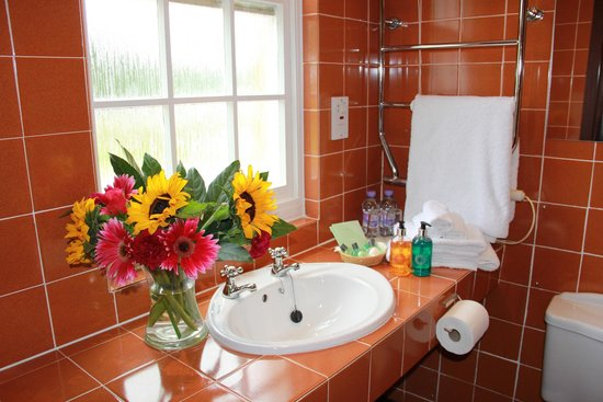 Knipoch Hotel: Bathroom