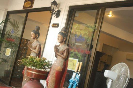Malibu Koh Samui Resort & Beach Club: reception area