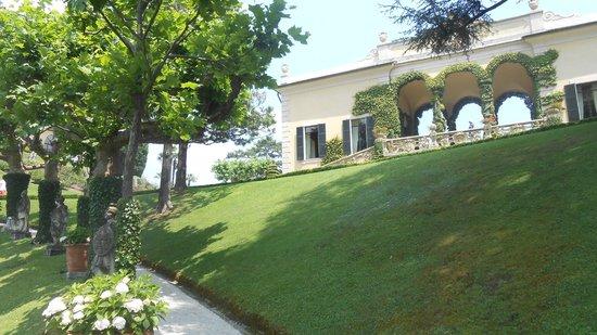 Villa del Balbianello: Loggia vista dal giardino