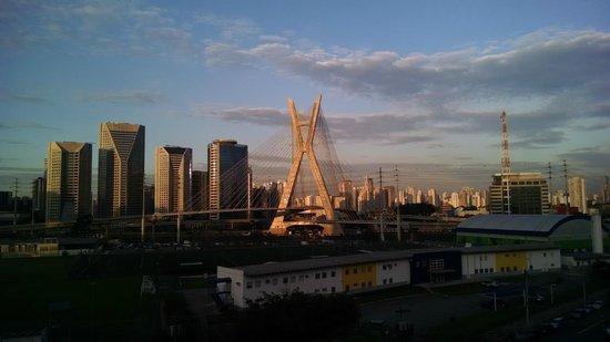Novotel Sao Paulo Morumbi: Vista do restaurante do hotel