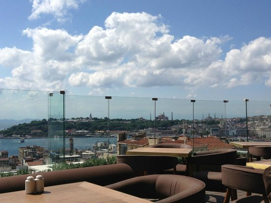 Georges Hotel Galata: Rooftop Bar, rest
