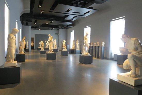 Museo Nazionale Romano - Palazzo Massimo alle Terme : National Roman Museum - Palazzo Massimo alle Terme