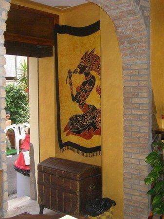 L'Emiro - Kebab: Particolare entrata
